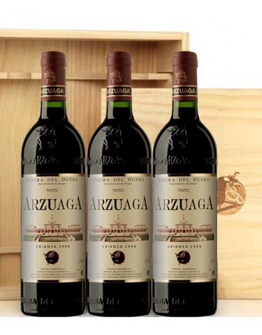 Pack 3 botellas Arzuaga Crianza en caja de madera